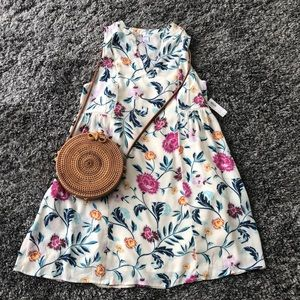 Cute and flirty floral dress! Size small